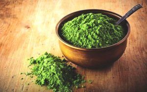 Chlorella-poeder-pot