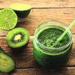 Kiwi-komkommer Smoothie met veldsla: een Gezonde Dorstlesser