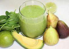 smoothie in glazen met romige vijgen en avocado