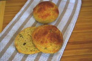 witte broodjes als ontbijt