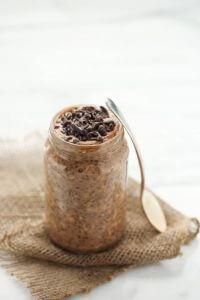 Overnight porridge cacao et chia
