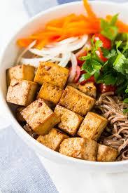 tofu salade in een bakje