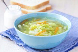 groentesoep in kom