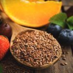 8 Bewezen Gezondheidsvoordelen van Lijnzaad(olie) + 4 Recepten