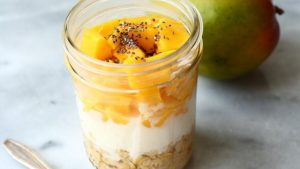 Overnight porridge mangue et banane