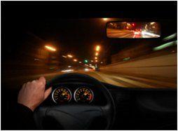 slecht zicht tijdens nachtelijk rijden