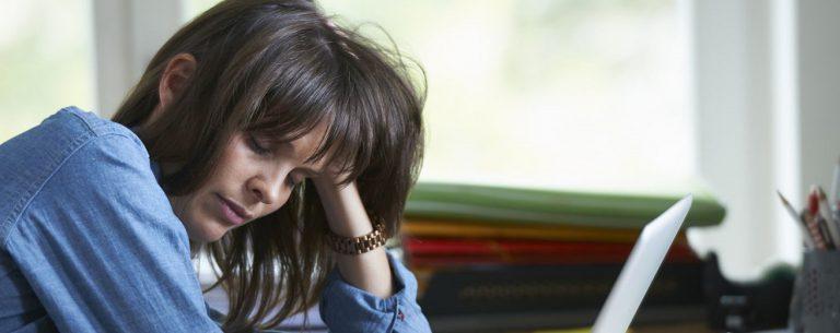 5 Oorzaken Van Oververmoeidheid & Hoe je Ermee Omgaat