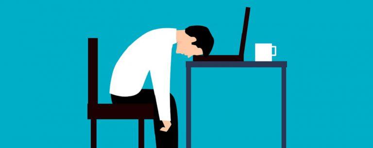 Uitgeput? Ontdek hier de 8 oorzaken & 7 Oplossingen